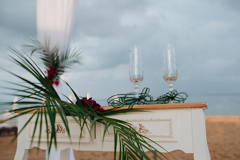 сватбена фотография варна хавайска атмосфера