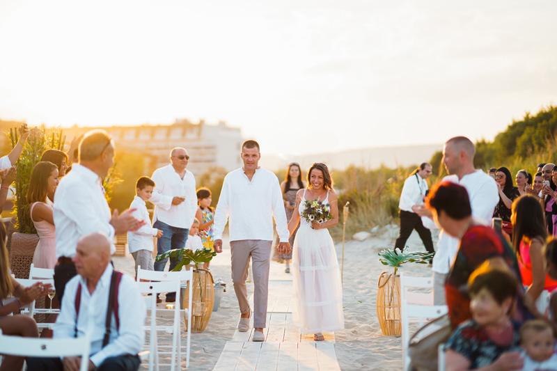 сватба край морето в бохо стил